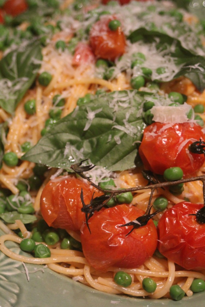 , Spaghetti with roast tomatoes, peas and a Gruyere and Parmesan cheese sauce