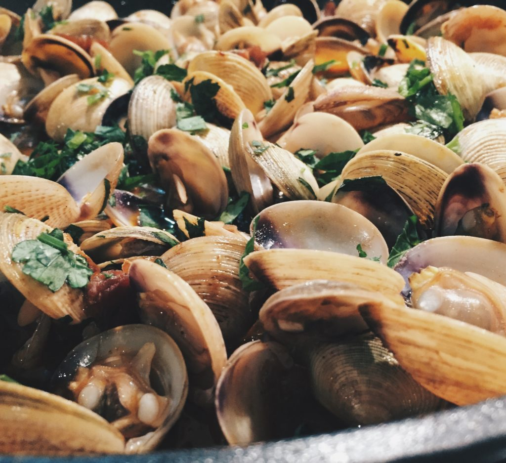 Clams with jamon & sherry